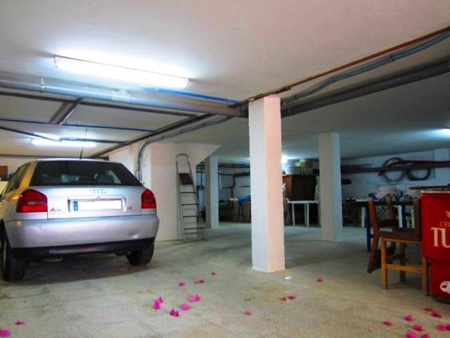 043 Garaje