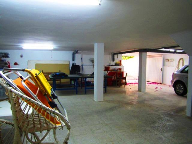 044 Garaje